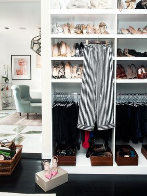 The One Rule to Stay Organised With Limited Closet Space