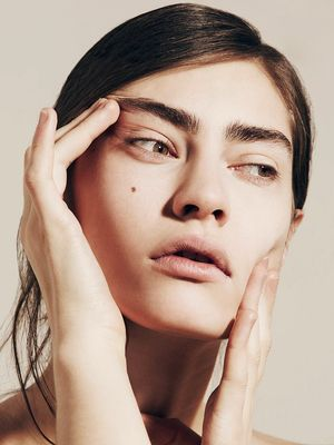 The Science of Beauty: How Do Zit-Zapping Products Actually Work?