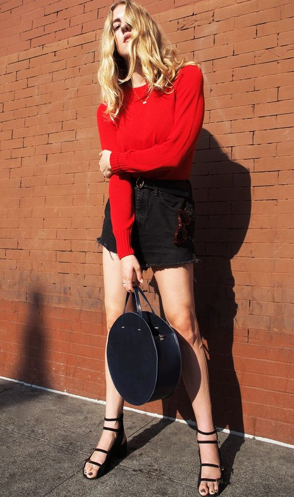 On Taylr Anne: Everlane The Open Knit Crew ($75); Vintage Levi's Boyfriend Shorts; Madewell Leather O-Ring Belt ($45); Clare V. Alistair Bag ($485); Robert Clergerie Elona...