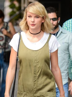 Taylor Swift Just Wore the Trend Street Style Stars Love