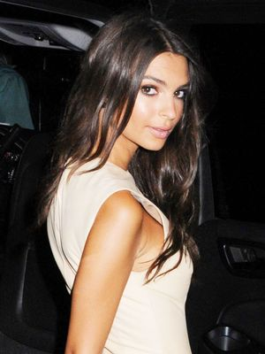 Emily Ratajkowski Just Tried Out Kendall Jenner's New Favorite Trend