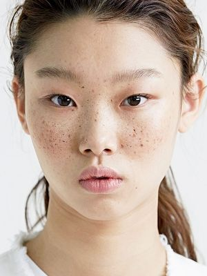 America vs. France vs. South Korea: How Real Girls Do Nighttime Skincare