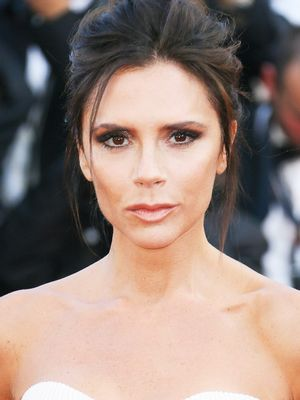 How to Hide Tired Eyes Like Victoria Beckham