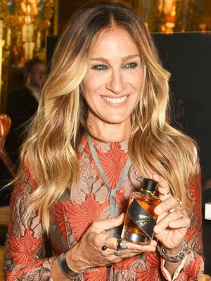 The One Product Sarah Jessica Parker Uses for Her Signature Smoky Eye