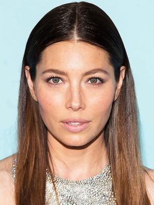 We Are Obsessed With Jessica Biel's New Bangs