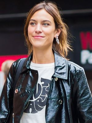 How Alexa Chung Styled a $45 T-Shirt for London Fashion Week