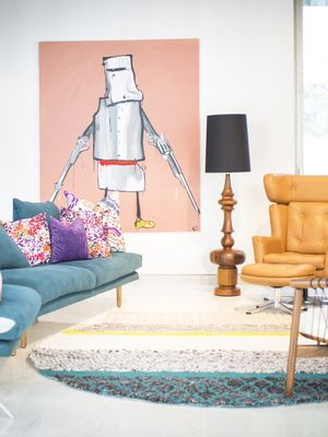 10 Stunning Images of an Art-Filled Rose Bay Residence