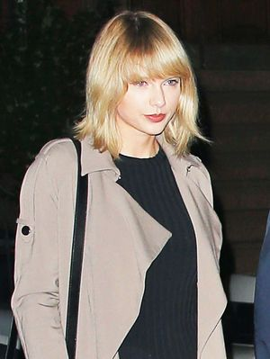 How Taylor Swift Styles Ankle Boots for a Girls' Night Out