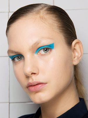 The One Eye Shadow Shade That Popped Up All Over Fashion Week