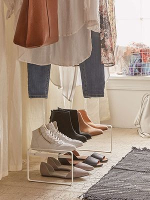 Use the Rule of 5 to Clean Out Your Closet Now