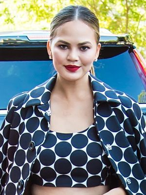 Chrissy Teigen On Living in Rihanna's Former House