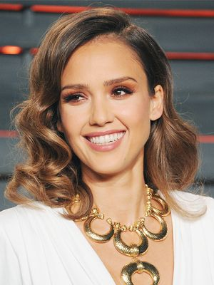 Jessica Alba Shares Her 10-Minute Beauty Routine