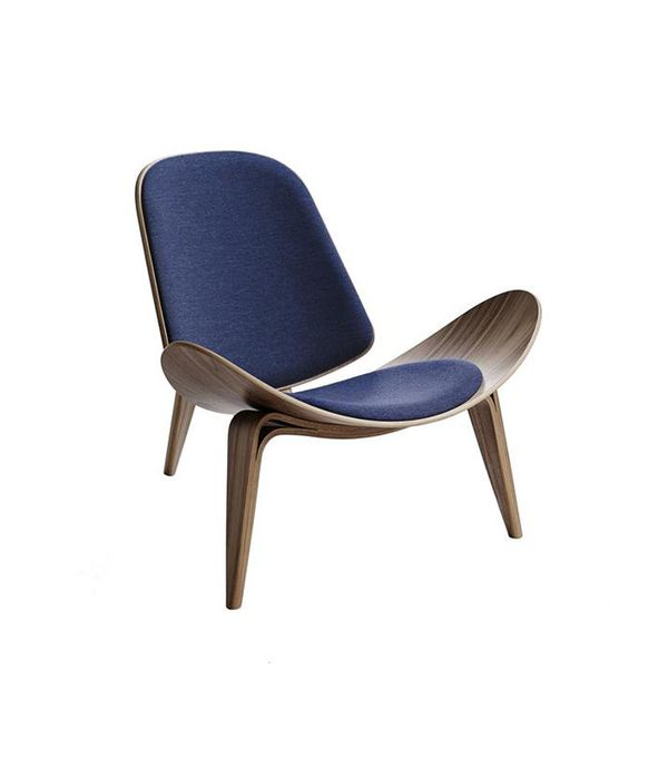 Design 101 19 Iconic Chairs That Are Making A Huge