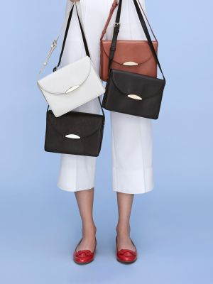 This New Affordable Handbag Line Lets You Do the Designing