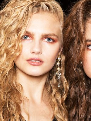 How to Pick the Right Hair Colour for Your Skin Tone