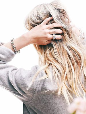 5 Dire Claims Made Against Dry Shampoo, Investigated