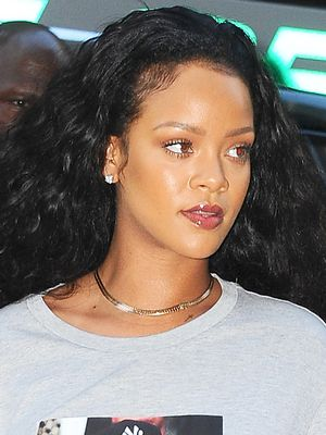 Rihanna Just Made a Big Statement With Cutoffs and a Tee