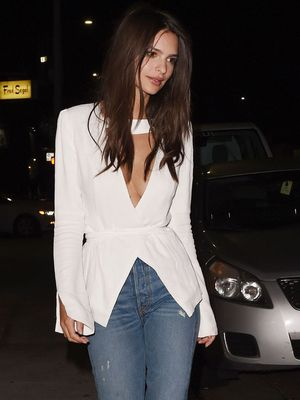 The Best Jean Style to Make Your Legs Look Long