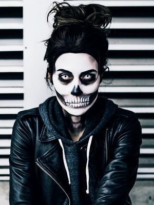 This Is the Coolest Halloween Skull Makeup on the Internet