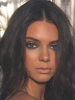 Meet Kendall Jenner's Doppelgänger