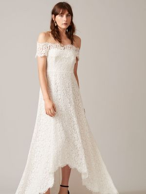 Fashion Girls Will Be Obsessed With These Wedding Dresses