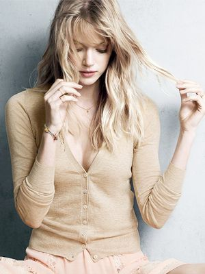 How to Get Rid of Split Ends—No Haircut Required