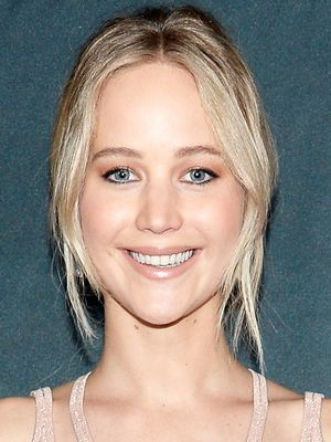 Jennifer Lawrence Just Wore the Most Interesting Neckline on the Red Carpet