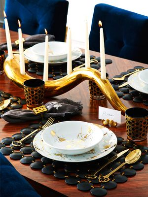 Hosting Thanksgiving? Top Interior Designers Share Their Tips