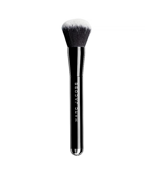Marc-Jacobs-Beauty-The-Face-I-Liquid-Foundation-Brush-No-1
