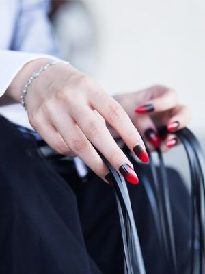 10 Surprisingly Chic Stiletto Nails We Found on Instagram