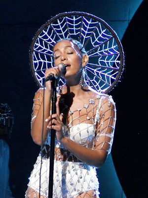 You Have to See Solange Knowles's Custom Crystal Dress