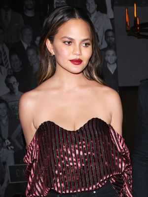 Chrissy Teigen Wore the Chicest Outfit to L.A.'s Buzziest New Hot Spot