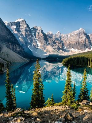 Head North to Our 3 Favorite Canadian Cities