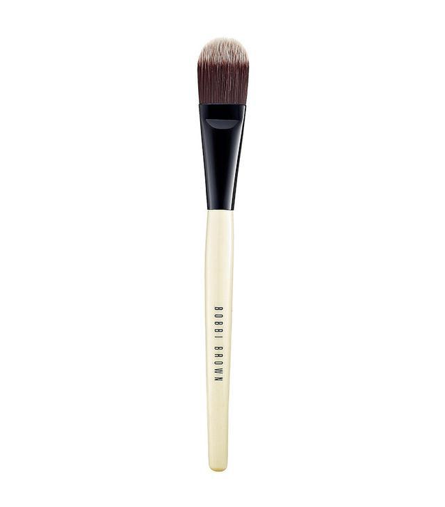 makeup-brush-guide-bobbi-brown-foundation-brush