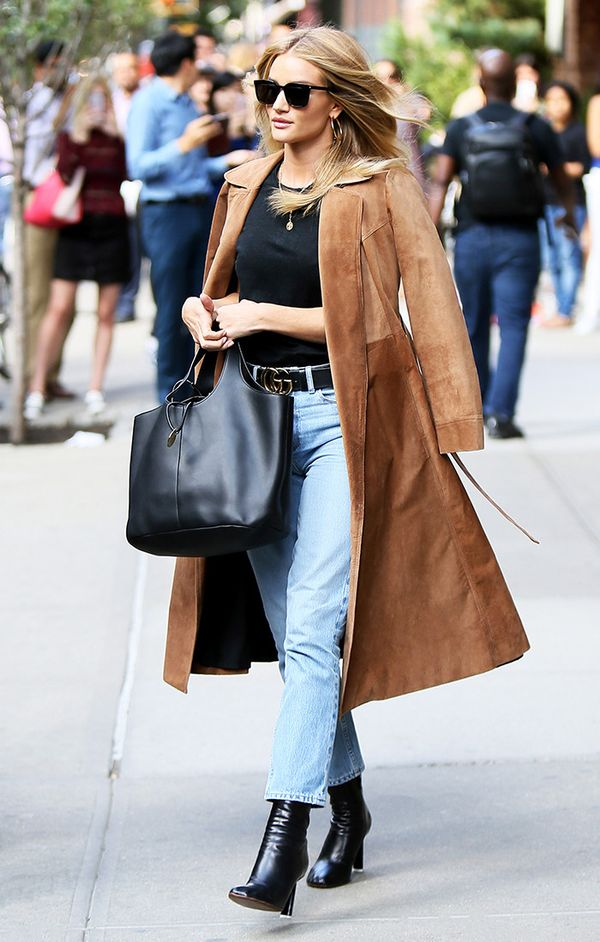 rosie-huntington-whiteley-trench-coat