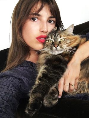 15 Gifts for the Girl Who Loves Her Cat More Than You
