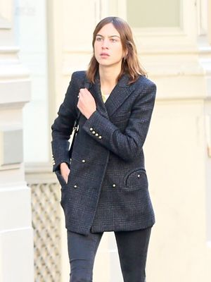 Alexa Chung's 3-Piece Outfit Is Foolproof