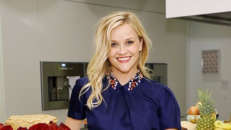 Reese Witherspoon Gets Misunderstood by Siri in This Video