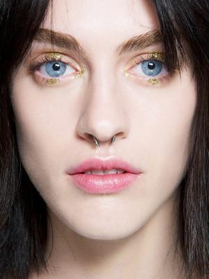 7 Eye Shadows That Make Blue Eyes Pop