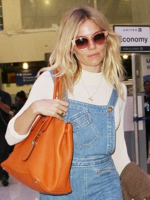 Sienna Miller Just Wore the Most Adorable Travel Outfit