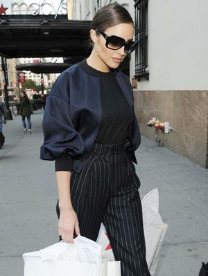 Olivia Culpo's Holiday Shopping Outfit Is Also Perfect for Work