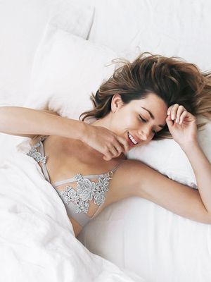 Nighttime Habits That Are Ruining Your Hair