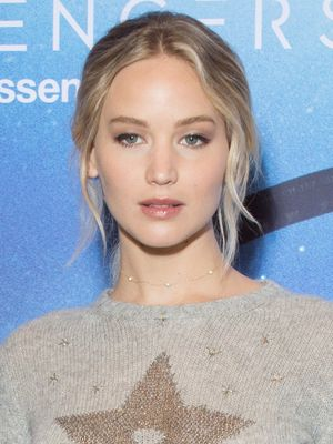 Jennifer Lawrence Wore the Coziest Red Carpet Look Last Night