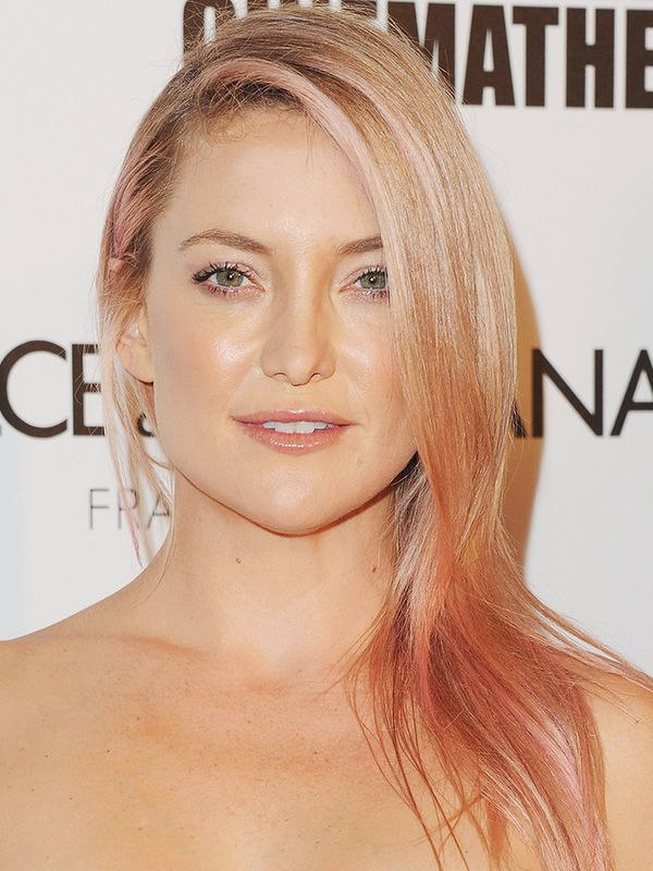 Kate Hudson proves that you can do any hair colour with this soft pink through her blonde