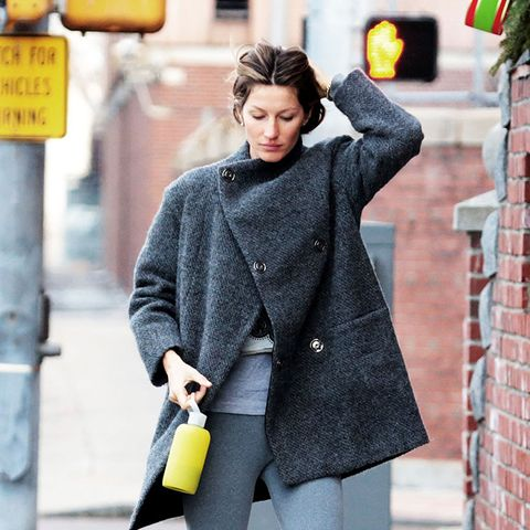 Ugg Boots and leggings outfit combos: Gisele Bundchen