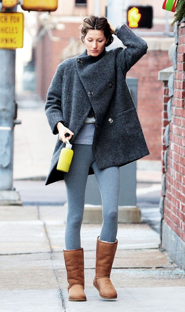 Ugg Boots and leggings outfit combos