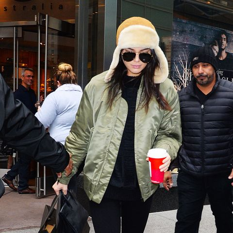 UGG boots and leggings outfit ideas: Kendall Jenner
