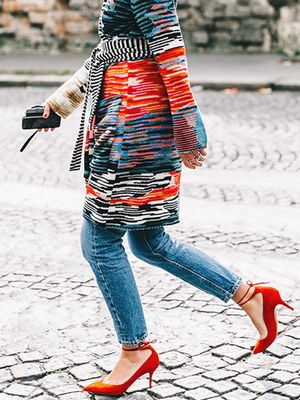 The $0 Trick to Walk in Heels Without Pain