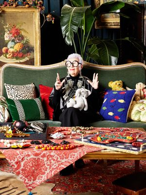 Iris Apfel Just Spilled Her Best Piece of Dating Advice