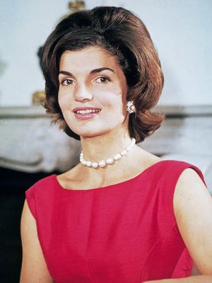 We Discovered the French Perfume That Jackie Kennedy Wore in the '60s